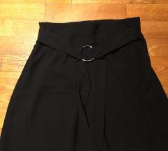 Zara sosem viselt nadrag-szoknya