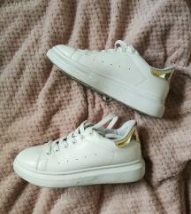 Fluffyslippers ezüst-fehér sneaker