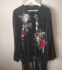 Zara hímzett rojtos kimonó