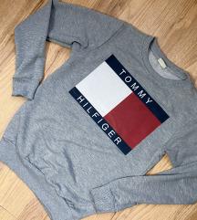 Foglalt- Tommy Hilfiger pulóver