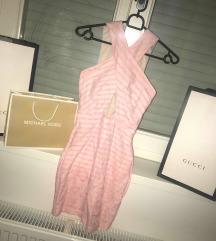 rózsaszín-fehér csipkés ruha