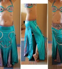 1. Egyedi hastánc ruha