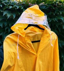Sárga, hosszú esőkabát