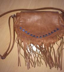 Női barna rojtos táska (C&A)