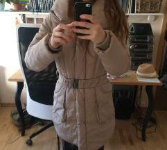 bézs színű meleg téli kabát