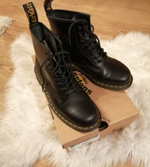 ÚJ! Dr. Martens 1460 Smooth Black 40-es