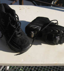 Kettő az egyben: meleg cipő és görkorcsolya