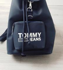 Tommy hátizsák pk-val