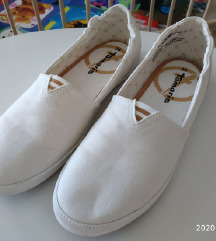 Tamaris vászon cipő