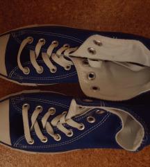 Sötétkék Converse