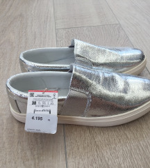 Stradivarius Ezüst Slip On Cipő
