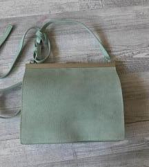 Valódi bőr, Reserv ed márkás táska