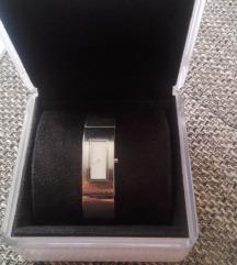 DKNY női óra