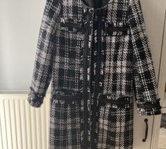 Tweed bélelt alig használt kabát