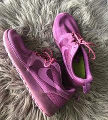 Lila Nike cipő- 36,5