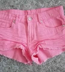 Pink rövidnadrág
