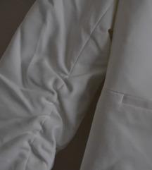 Új, címkés, karcsúsított Orsay blézer