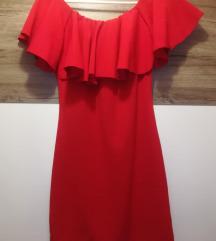 S-M-nek megfelelő piros ruha