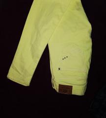 Címkés neon sárga csőnaci