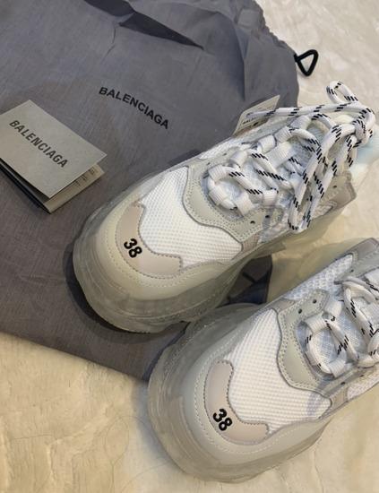 Balenciaga cipő TripleS