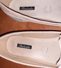 Rózsaszín őszi cipő 36-os