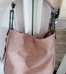 Nagy pakolós táska hibáját fotóztam