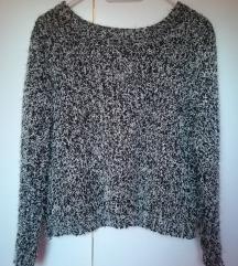 Fekete-fehér pulcsi