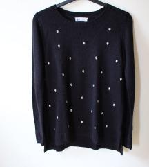 Hosszú ujjú, fekete pulóver