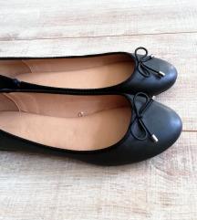 Parfois fekete balerina