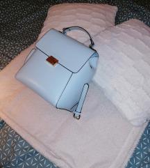 Világoskék táska
