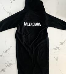 Balenciaga hosszú pulcsi