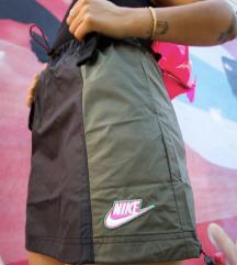 Nike szoknya S méret ÚJ