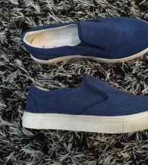 Új Vare Pelle slip on cipő