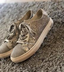 DKNY ezüst sneaker