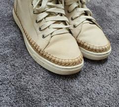 Ugg cipő
