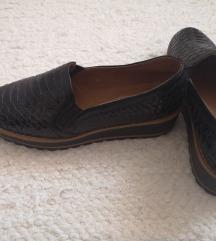 Fekete bordázott Új cipő