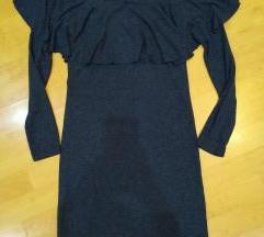 Újszerű fodros vállú ruha