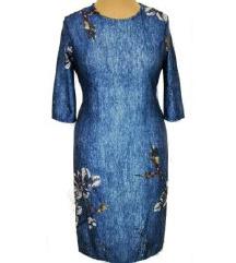 Kék alapon motívumos karcsúsító ruha címkés!