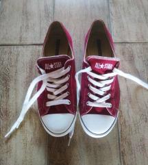 Piros Converse cipő új 38.5