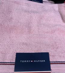Tommy Hilfiger kéztörlő