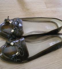 Eredeti Pier One  gyönyörű lakk bőr cipő