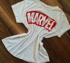 Marvel póló.