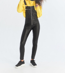 ÚJ fekete bőrhatású kantáros nadrág
