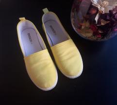 H&M citromsárga cipő.💖