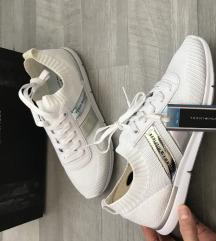 Tommy Hilfiger sportcipő 38 új
