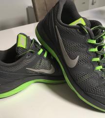 Nike dual fusion sportcipő