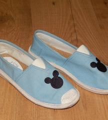 Mickey mintás vászon cipő 37-es