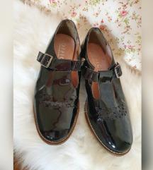 Office London lakkbőr cipő ÚJ