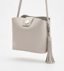 Reserved táska