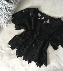 Fekete csipke póló